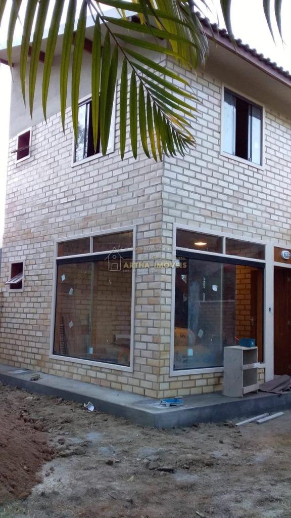 Casa duplex nova, 1ª locação, ampla, muito iluminada, arejada, ótimo projeto e acabamento, bom gosto, aquecimento solar e elétrico, ótima localização