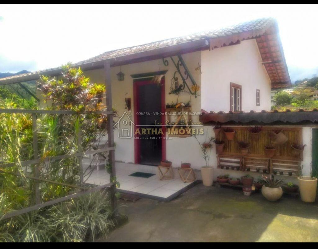 Vendo casa em Lumiar aconchegante, rustica, pertinho do centro, com quintal e, rua reesidencial tranquila e sem saida