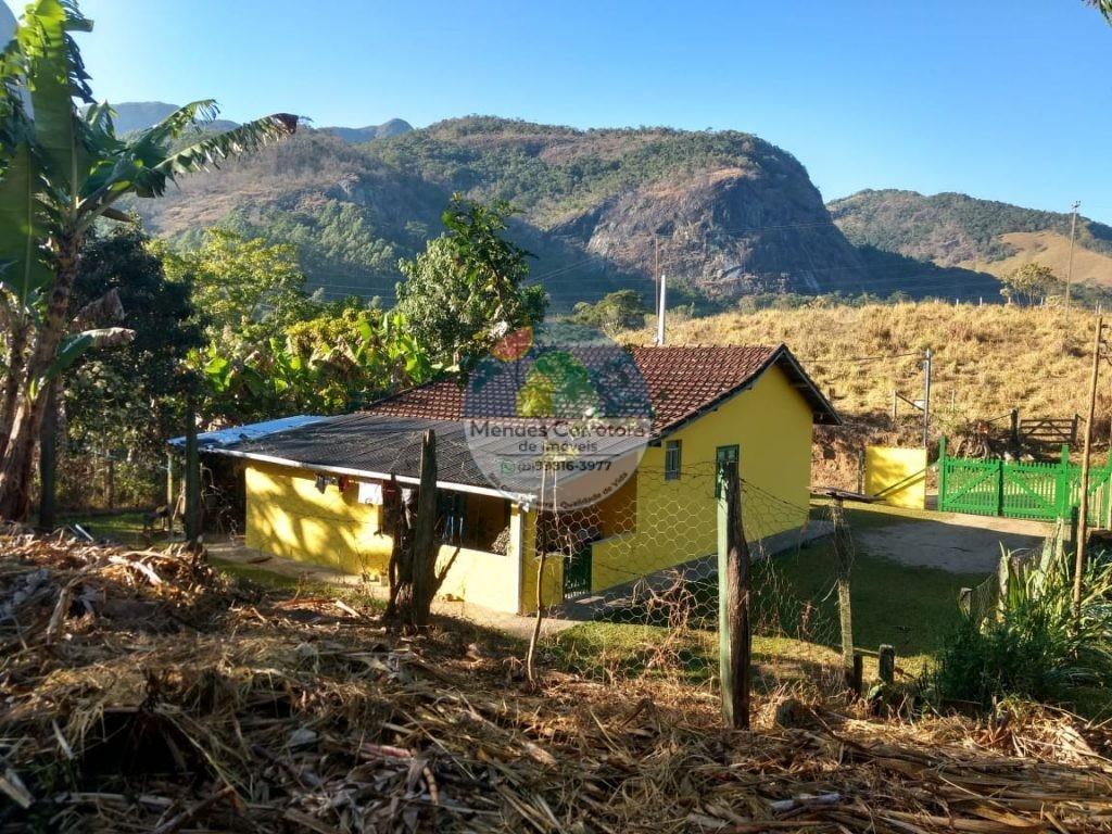 Vendo distante 6 kms de São Pedro casa com terreno de 450m
