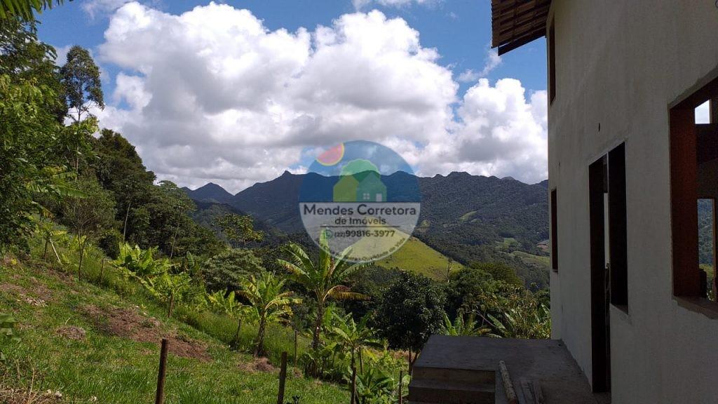Vende São Pedro terreno com 7.000m aclive, com linda vista, agua de nascente a 1300m do centro