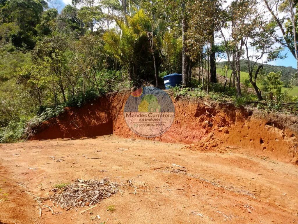 Vende Toca da Onça pertinho do poço da Toca  5.000m de terreno com platô de 200m prontos  para linda vista 180.000mil