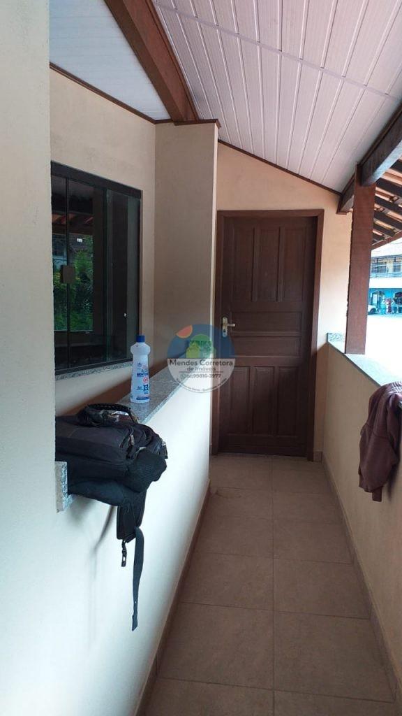 Alugo Lumiar apartamento novo um quarto e sala banheiro e area de serviço perto de mercadinho e ponto de onibus em via principal