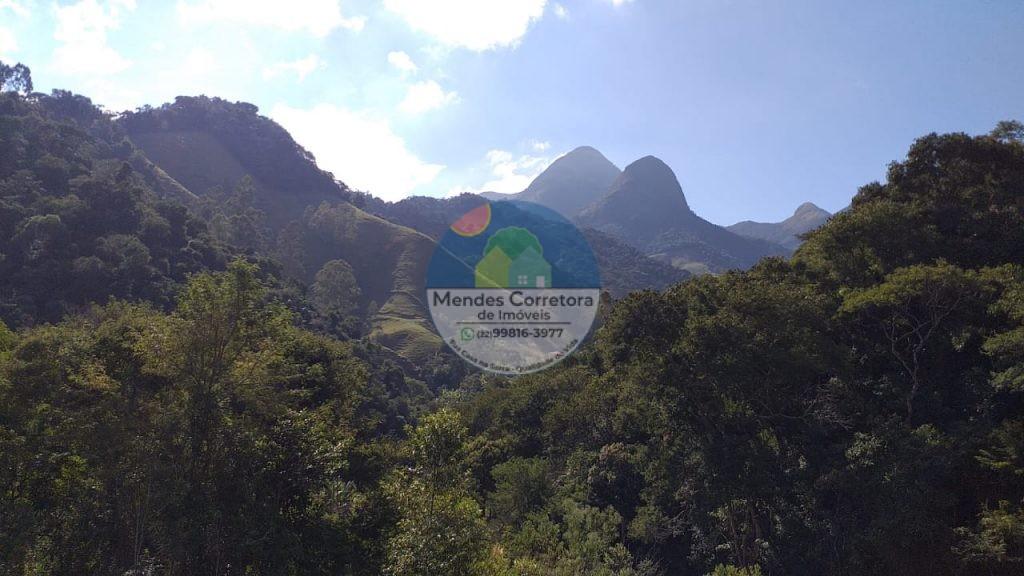 Vendo terreno próximo ao poço Belo com linda vista indevassável das montanhas pertinho do centro de Lumiar com pequeno plato
