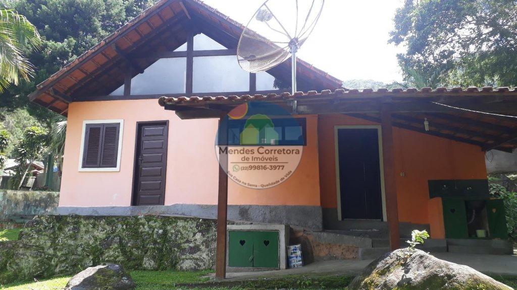 Lumiar vendo casa Rustica recém reformada com 1.600m de terreno com beira rio a 600m do centro de Lumiar