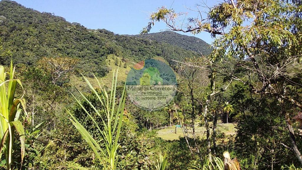Vendo terreno legalizado em declive linda vista com 20.000m tem acesso a lindo poço de rio, bom acesso