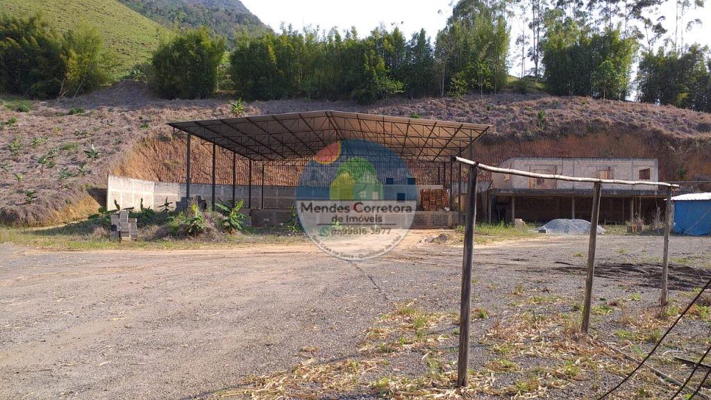 VENDO GALPÃO NA SERRAMAR COM 500M DE AREA COBERTA CONSTRUIDA TEM 8.000M DE TERRENO